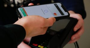 digital wallets apple pay